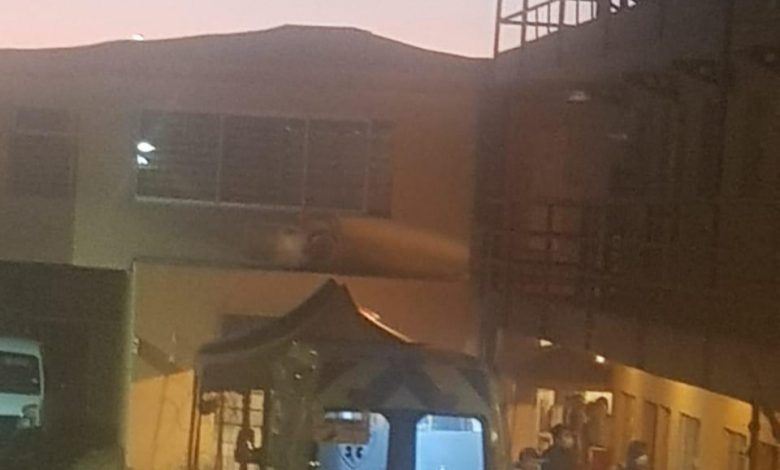 Photo of Incomodidad existe de parte de vecinos de Alonso de Ercilla por traslado de pacientes de posible coronavirus a hostal