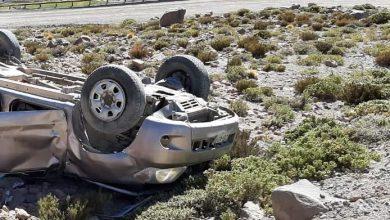 Photo of Un muerto y familia herida en volcamiento camioneta de bolivianos