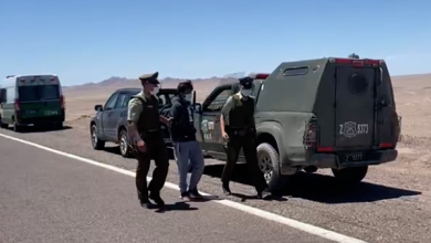 Photo of Pillan a delincuente boliviano a momento de sacar vehículo de Chile