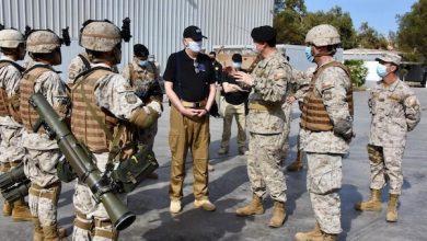 Photo of Ministro de Defensa Nacional junto al Comandante en Jefe del Ejército realizan inspección a unidades de la Guarnición de Arica