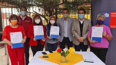 Photo of Entregan comodato de inmuebles a organizaciones comunitarias  de Antofagasta