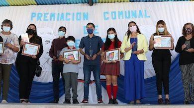 Photo of Comdes reconoció a alumnos destacados en concurso de cuentos de la identidad loína